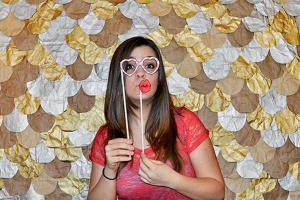 2013-03-12_mailloux_diy-photo-booth-party-ideas-diy-photo-booth-props-5